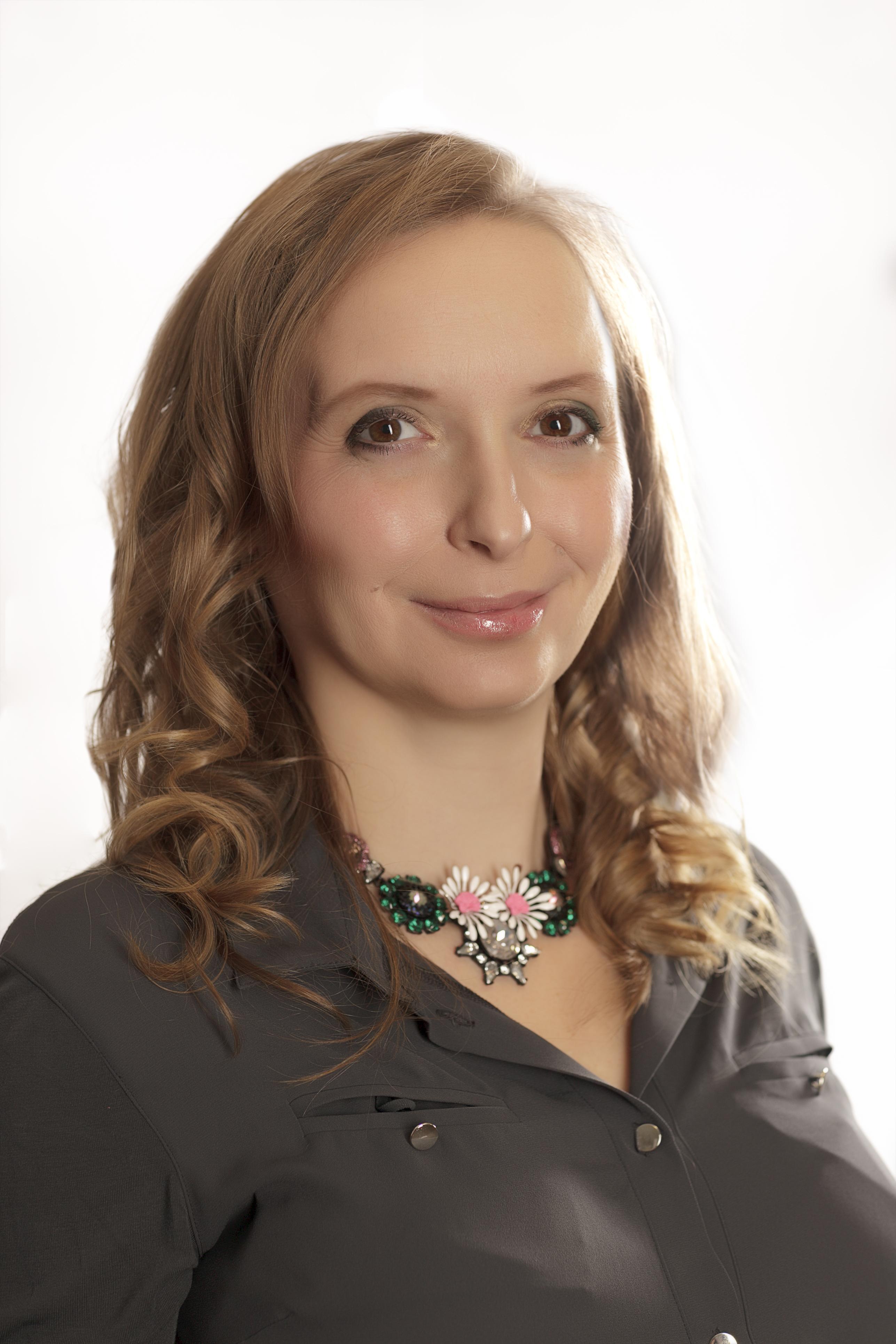 Ing. Zuzana Lelovicsová