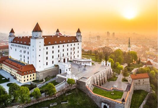 Založenie s.r.o. (k.f.t.) spoločnosti v Maďarsku v roku 2018- fáza prípravy